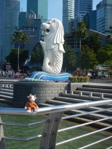 World-travelling Mooby the Cow, and the Merlion.